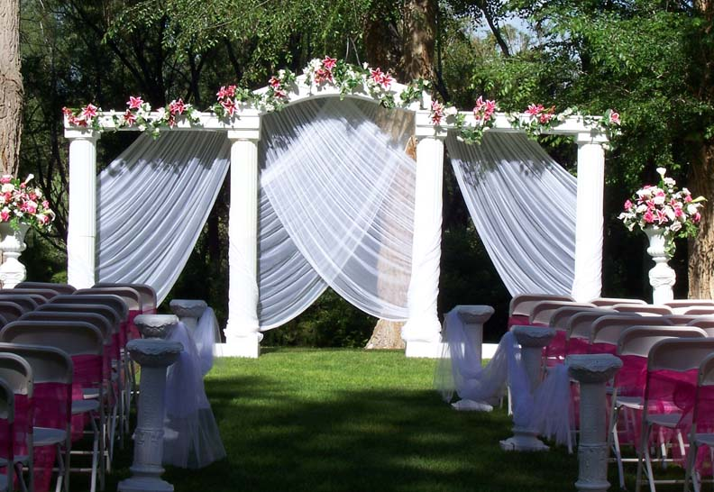 Fun and creative ideas for your wedding party rb planners garden wedding decoration ideas 337 junglespirit Images